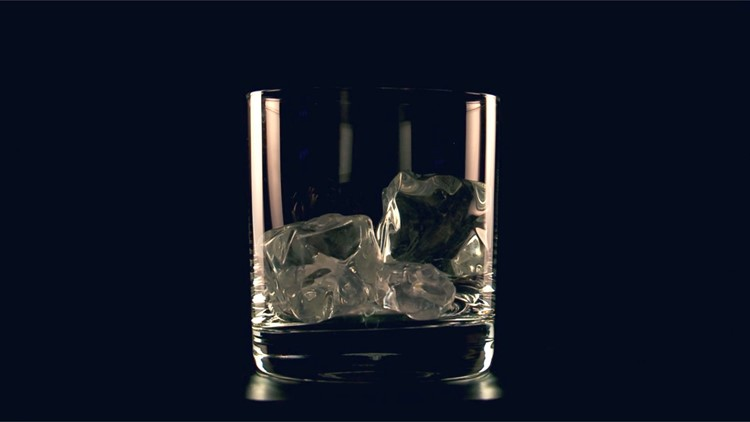 Dentist Warns to STOP Chewing On Ice