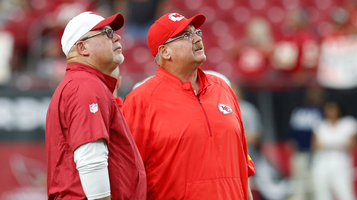 Super Bowl coaches among oldest in league, show no signs of retirement