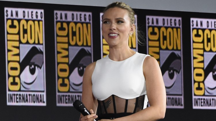 Scarlett Johansson reveals massive engagement ring at Comic-Con
