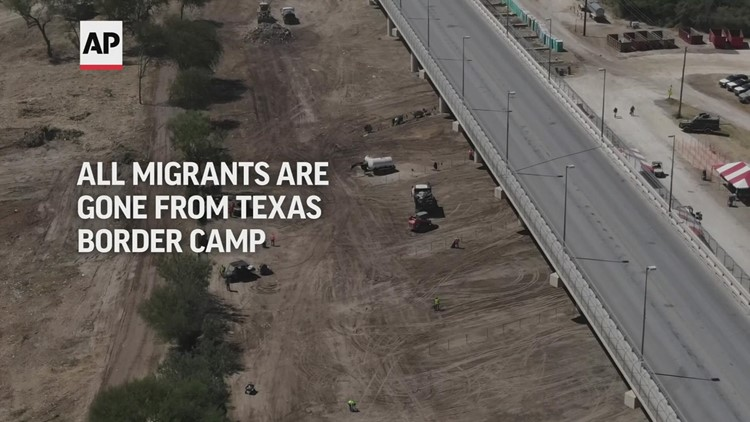Texas border migrant camp cleared