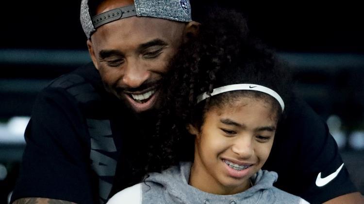 WATCH LIVE: Memorial for Kobe Bryant, daughter Gianna held at STAPLES Center