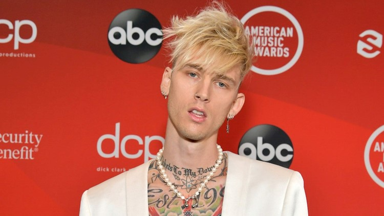Machine Gun Kelly Tweets About a 'Trash' Movie After He and Megan Fox Skip Premiere