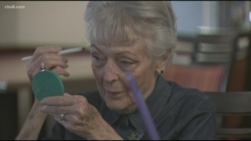 'The Glama Project' gives senior citizens free makeovers