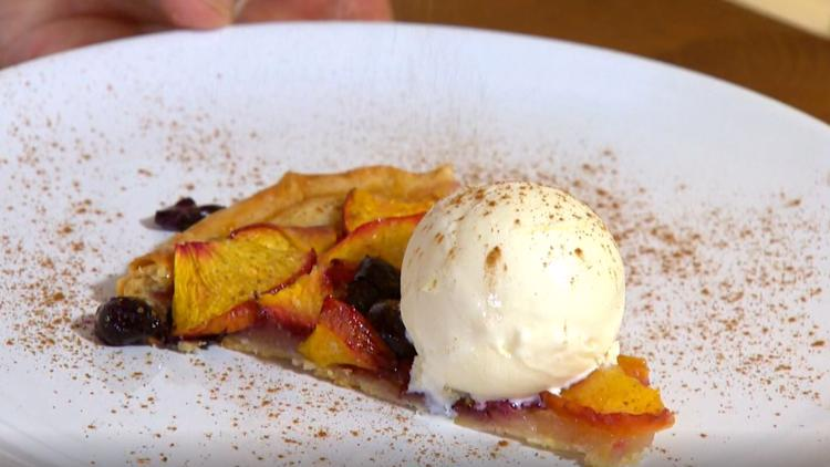 Cooking with Styles: Nectarine blueberry galette