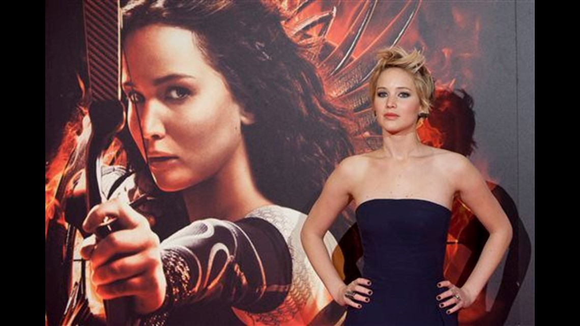 Jennifer Lawrence requests nude pics investigation - The