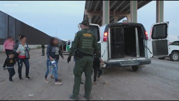 Amnesty International to protest gov't treatment of aid workers at border