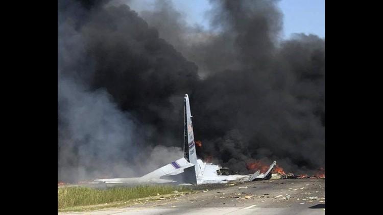 Military-Plane-Crash-Savannah-Georgia.jpg