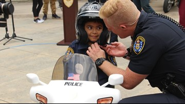 5-year-old's wish comes true as he's sworn in as San Diego Police officer