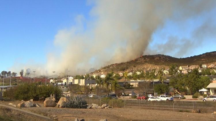 Brush fire breaks out near Palomar College in San Marcos