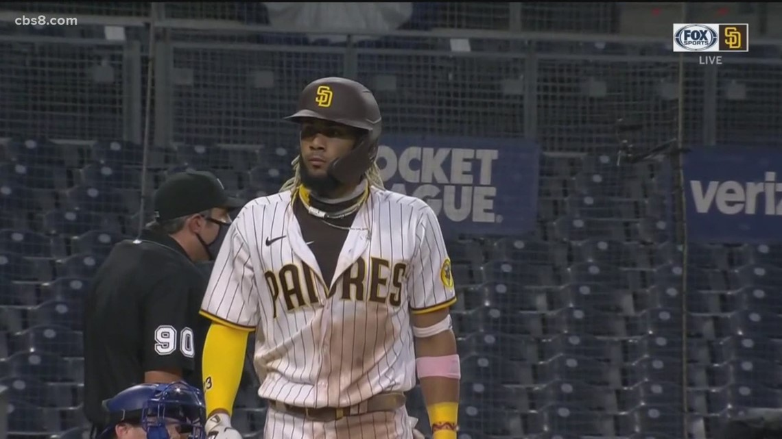 More Padres players come off bench to play in doubleheader as 5 players out due to COVID