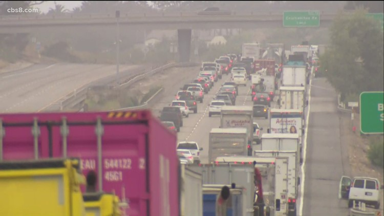 Police standoff with alleged domestic violence suspect causes freeway lanes to close