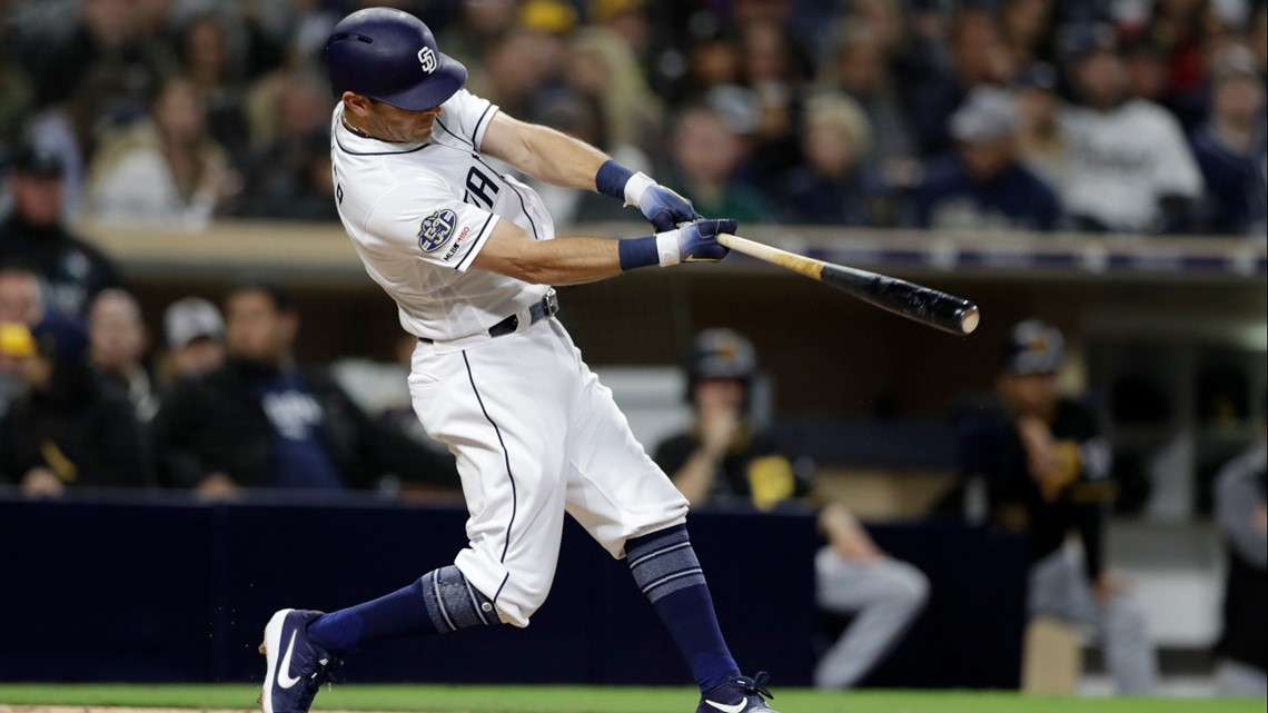 Kinsler's 3-run homer lifts Padres to 4-3 win vs Pirates