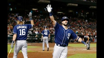 Lauer, Hedges help Padres beat slumping Diamondbacks 6-3