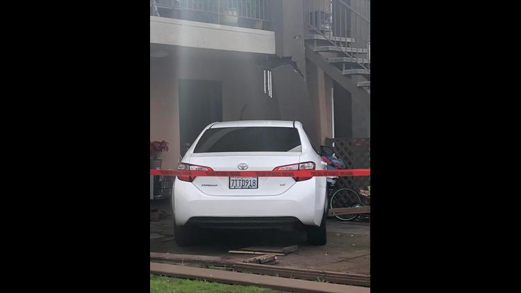 car into apt