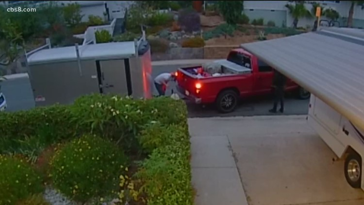 Caught on Video: Ring footage shows brazen theft of cargo trailer in Bay Park