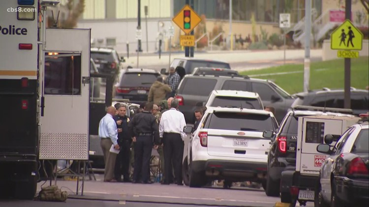 Police shoot and kill SWAT suspect after he aims gun at female