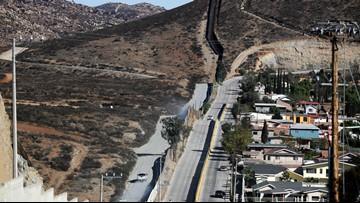Report: Customs officers turned away asylum seekers in US