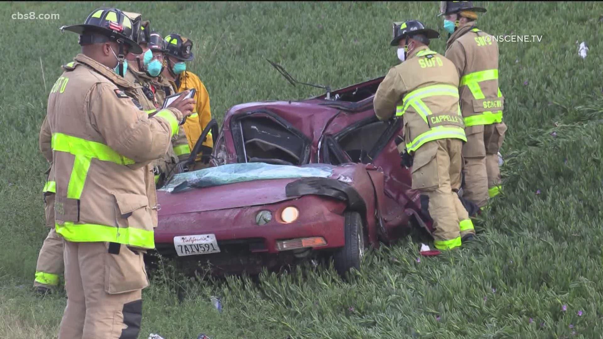 Kearny Mesa Acura >> Man dies after car crashes into pole near I-805 in Kearny Mesa | cbs8.com
