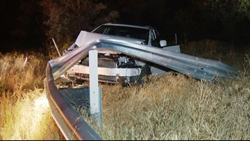Police search for driver who escapes after crashing into I-805 guardrail in Webster