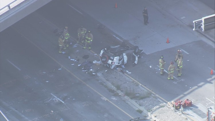 1 dead after car goes off Interstate 5 near Balboa, Garnet avenues in Pacific Beach