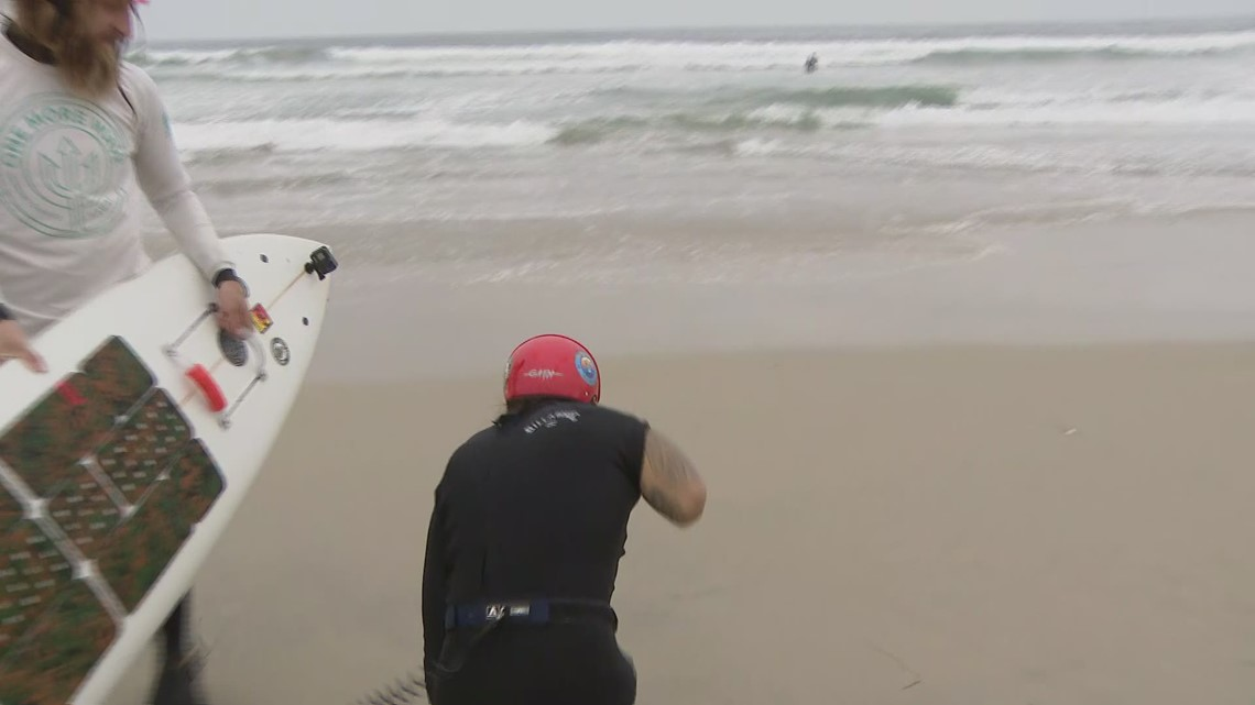 Ricochet the surfing therapy dog helps triple amputee combat veteran