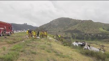 3 dead and 18 injured after bus rolls off freeway near SR-76