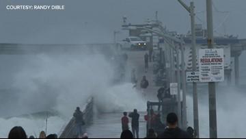 High surf closes Ocean Beach Pier