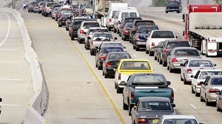 Overnight closures of northbound I-5 set to begin in trolley extension project