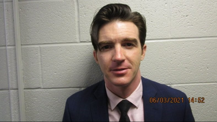 Drake Bell, of Nickelodeon's 'Drake and Josh' charged with crimes involving a 15-year-old girl in Ohio