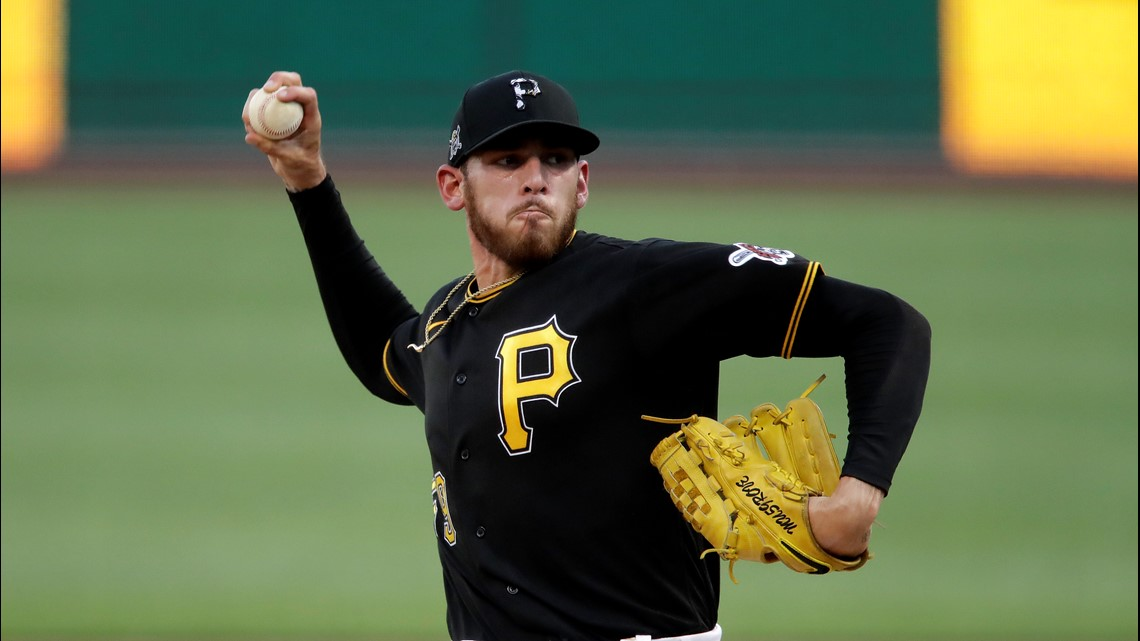 AP source: Padres acquiring SD native Joe Musgrove from Pirates